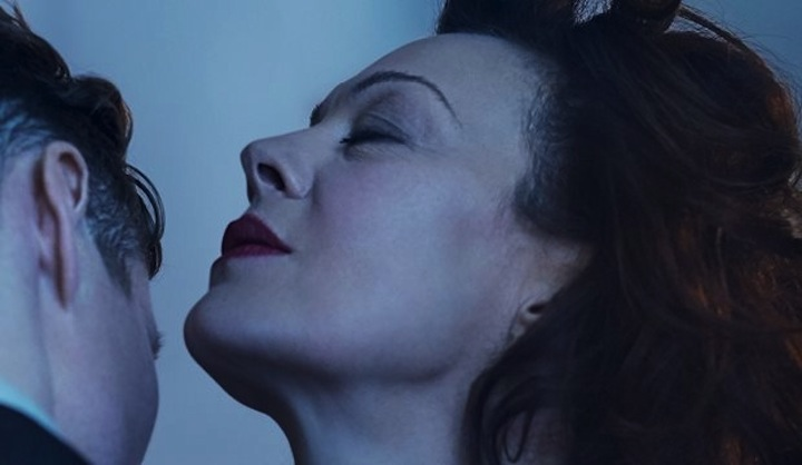 Deep_Blue_Sea_review__Helen_McCrory_shines_in_this_Terence_Rattigan_revival_____