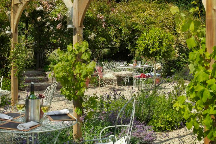 French style pub garden with wire furniture