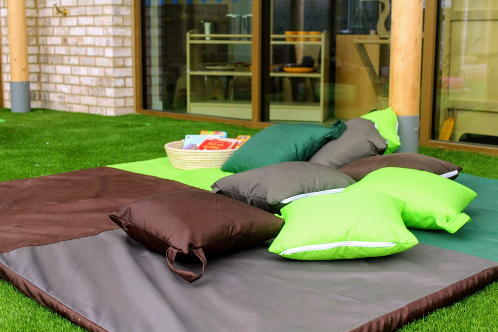 playground green brown cushions