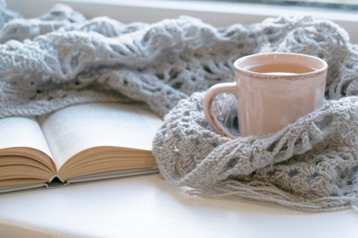 mug book shawl