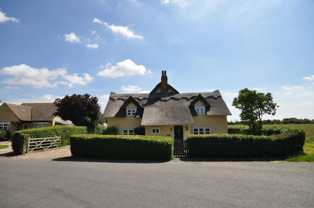 Essex thatched cottage East Mersea